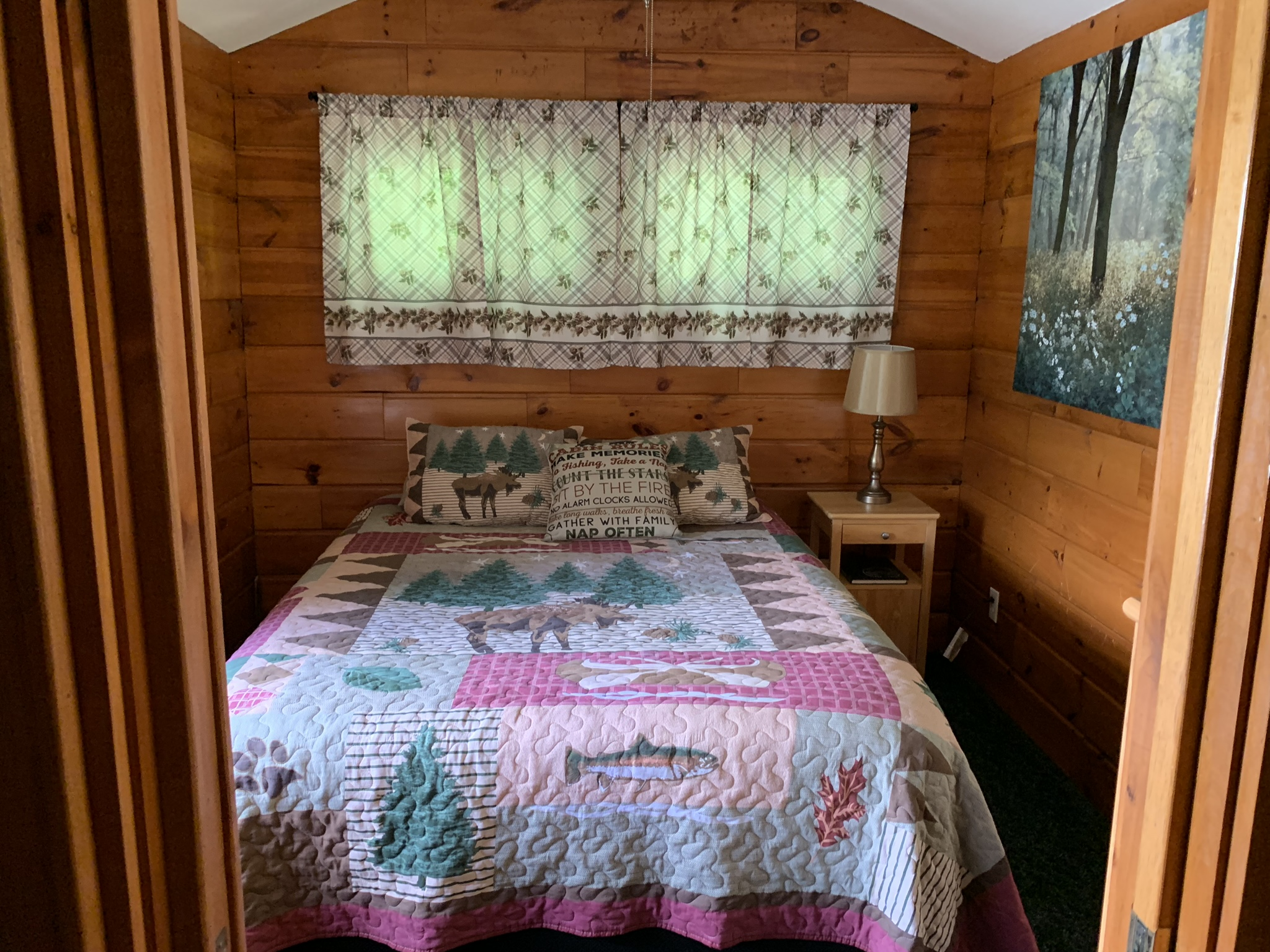 The Cabin bedroom
