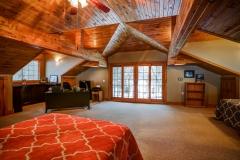 Lodge Great Room Loft